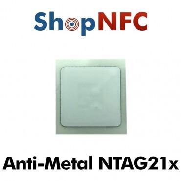 Tags NFC Anti-Métal NTAG210μ/NTAG213 adhésifs IP68 25x25mm